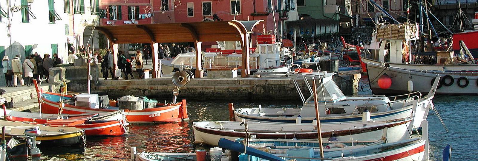 Camogli-sea-port-boat