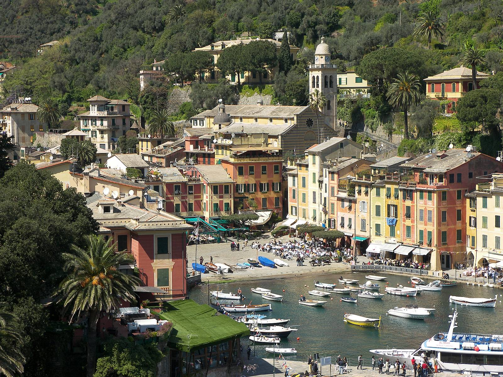 Portofino-bay-mountain