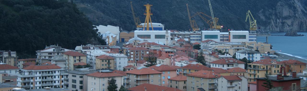 Riva-Trigoso-panorama